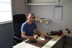 Nazari Marco in ufficio